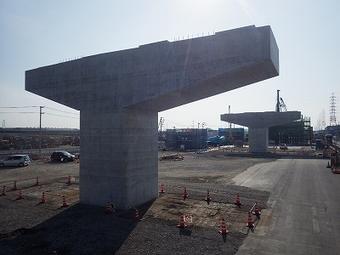 平成26年度 名二環新政成1高架橋南下部工事